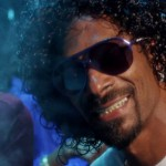 Snoopzilla aka Snoop Dogg & Dam-Funk – Faden Away (Video)
