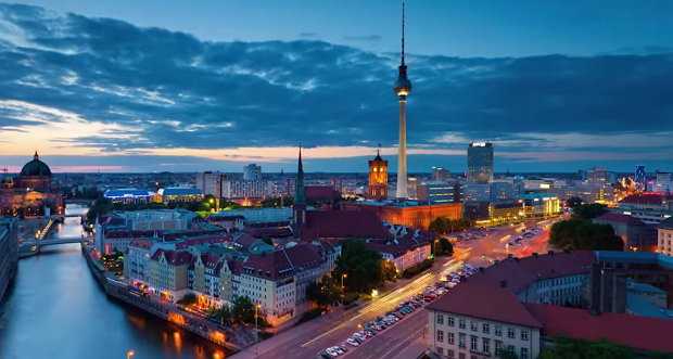 Timelapse: One Day in Berlin
