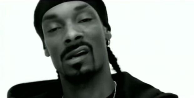 Snoop Dogg 'Drop It Like It's Hot' ohne Musik