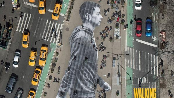 Walker in New York City – XXL Mural by JR