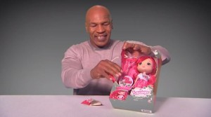 Unboxing mit Mike Tyson