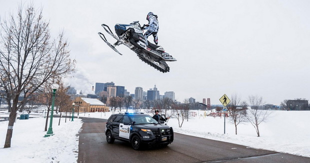 Urban Snowmobiling in St. Paul