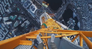 Rooftopping Lotte World Tower (555 Meter)